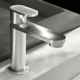Mixer tap without drain made with stainless steel. | Very simple. | Opening height 100 mm