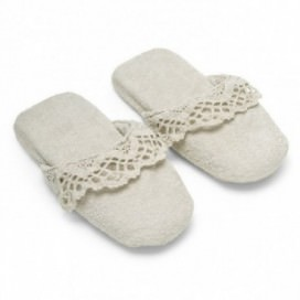 Slippers in sponge made of pure cotton Made in Italy, with precious lace inserts | Color Chalk