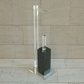 Quadra 2 pedestal | Coloured plexiglass | Petrozzi