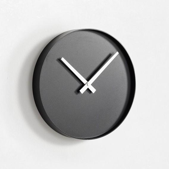 """Arris"" wall clock | Adam Cornish | Alessi"